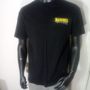 """💪Vtg 90's """"first to fight"""" Marines tee💪"""